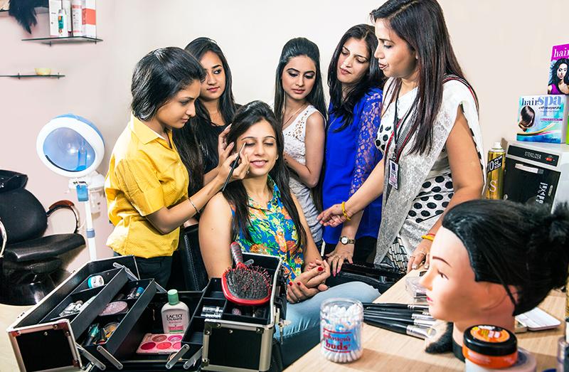 Makeup Artist Course in Kolkata